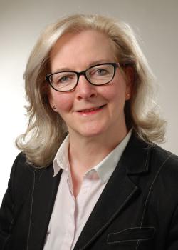 Frau Ulrike Niemeier-Müller