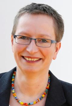 Frau Silke Schäfer